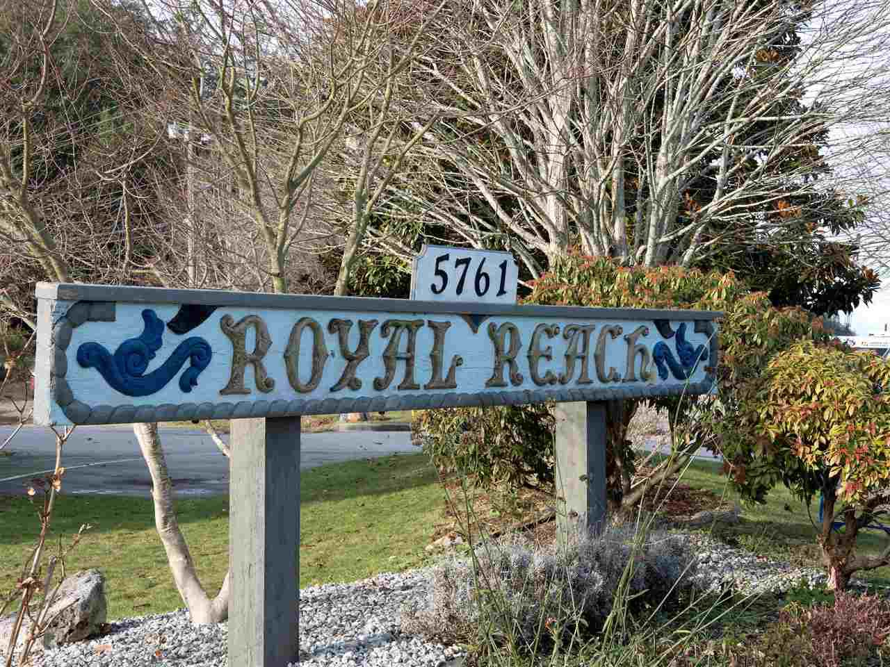 Photo 16: Photos: 19 5761 WHARF Avenue in Sechelt: Sechelt District Townhouse for sale (Sunshine Coast)  : MLS®# R2428590