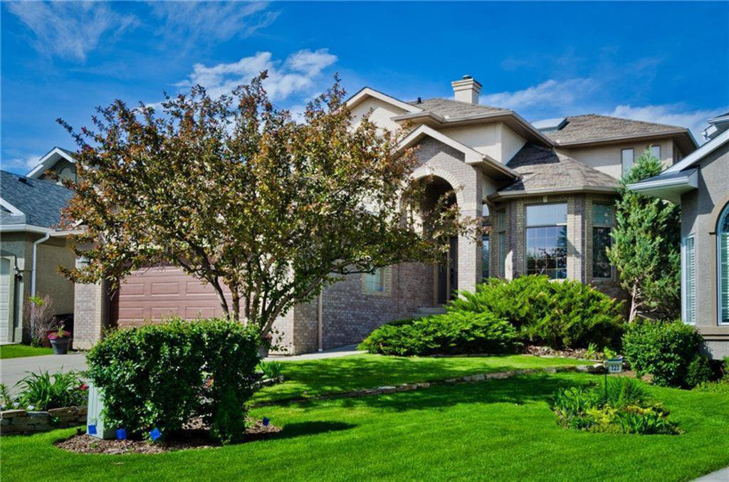Main Photo: 327 VALLEY SPRINGS Terrace NW in Calgary: Valley Ridge Detached for sale : MLS®# C4300806