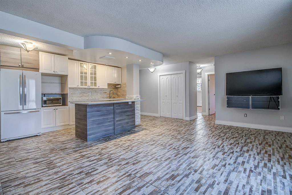 Photo 9: Photos: 303 2209 14 Street SW in Calgary: Bankview Apartment for sale : MLS®# A1048421