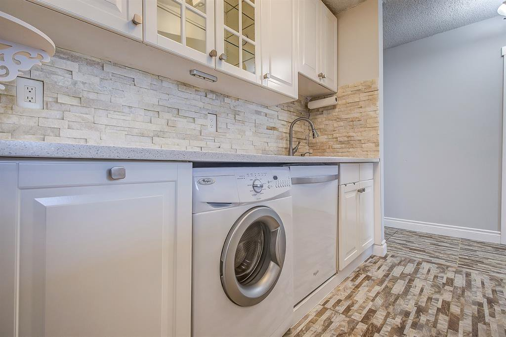 Photo 5: Photos: 303 2209 14 Street SW in Calgary: Bankview Apartment for sale : MLS®# A1048421