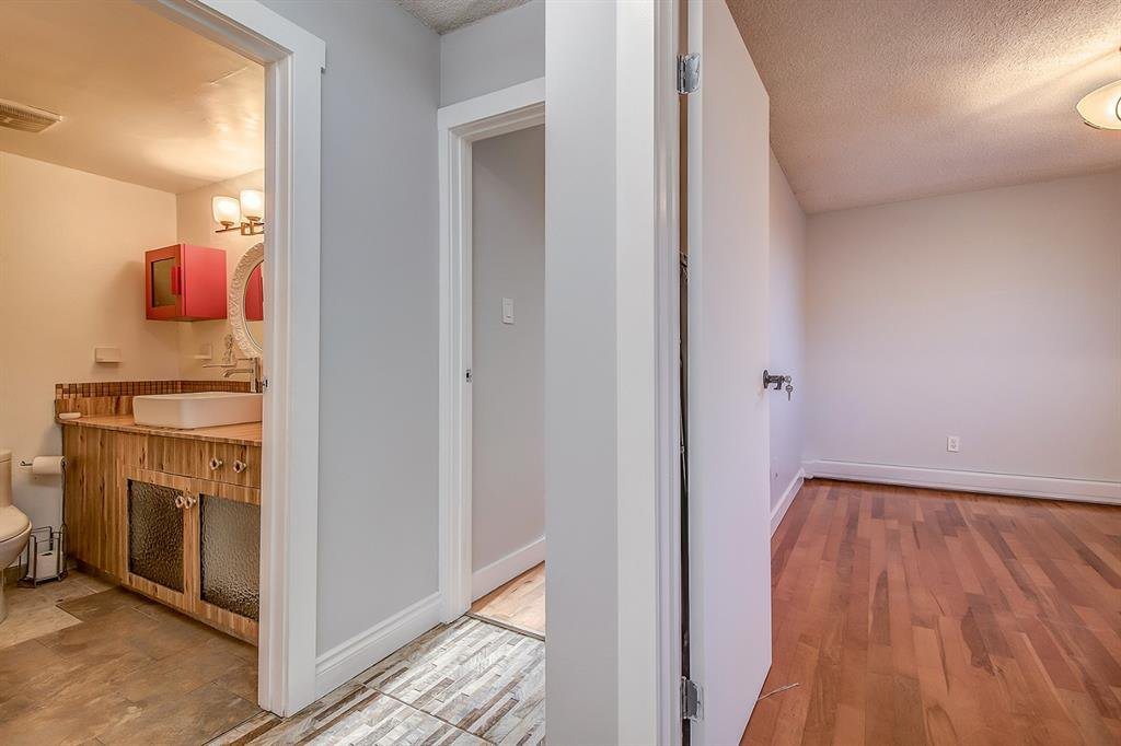 Photo 13: Photos: 303 2209 14 Street SW in Calgary: Bankview Apartment for sale : MLS®# A1048421