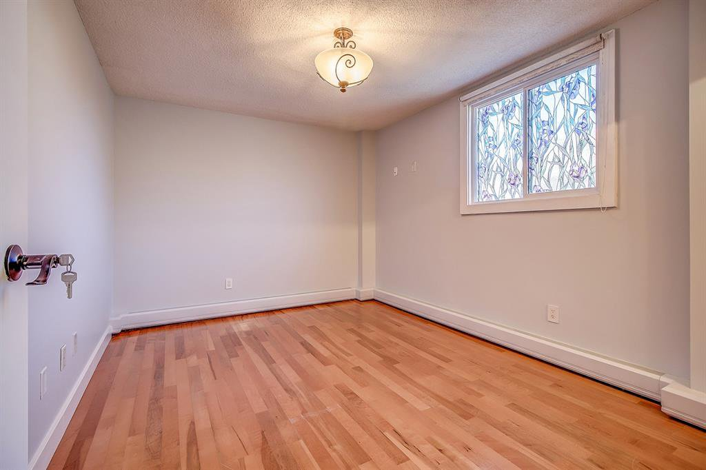 Photo 14: Photos: 303 2209 14 Street SW in Calgary: Bankview Apartment for sale : MLS®# A1048421