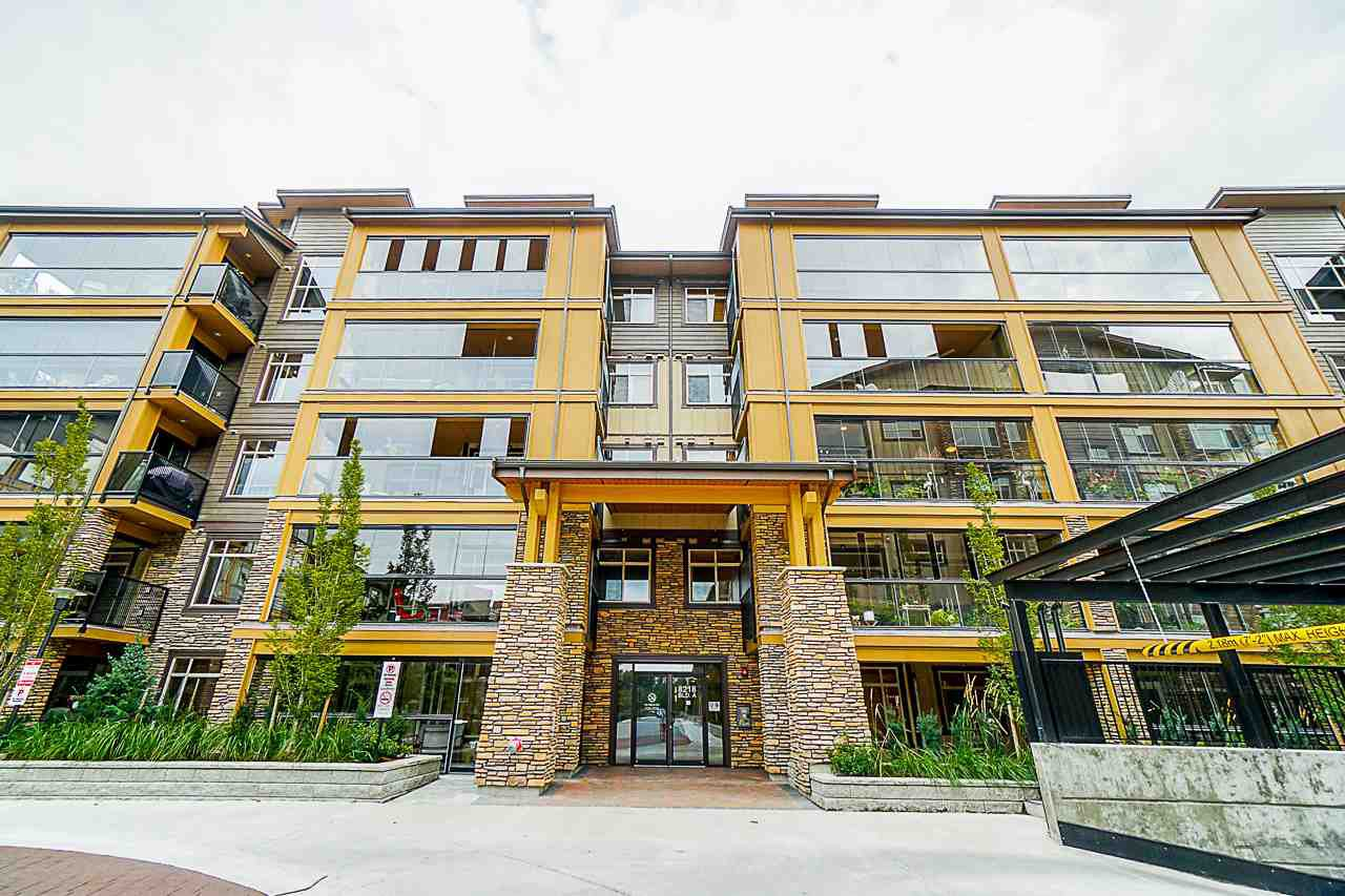 Main Photo: 309 8218 207A STREET in Langley: Willoughby Heights Condo for sale : MLS®# R2473234