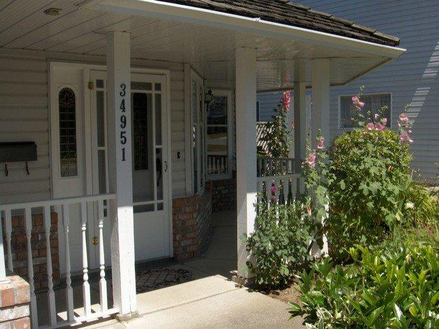 Photo 2: Photos: 34951 EXBURY AV in Abbotsford: Abbotsford East House for sale : MLS®# F1316185