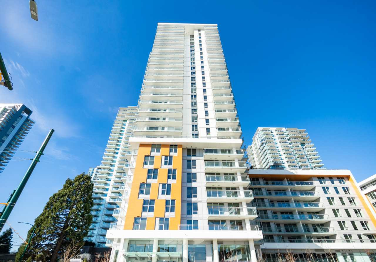 Main Photo: 820 455 SW MARINE Drive in Vancouver: Marpole Condo for sale (Vancouver West)  : MLS®# R2405393