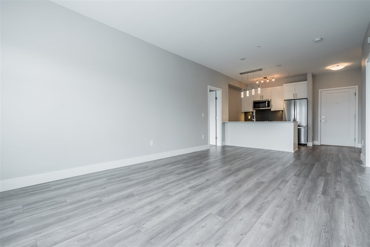 Photo 8: Photos: 408 9015 120 Street in Delta: Annieville Condo for sale (N. Delta)  : MLS®# R2420822