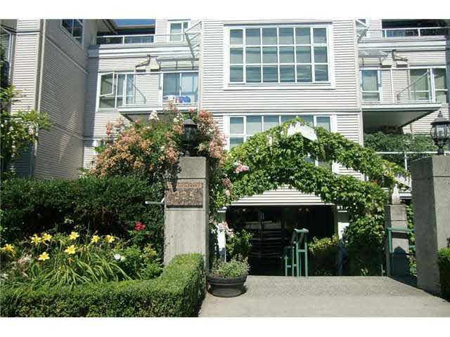 Main Photo: 105 225 E 19TH AVENUE in : Main Condo for sale : MLS®# V910333