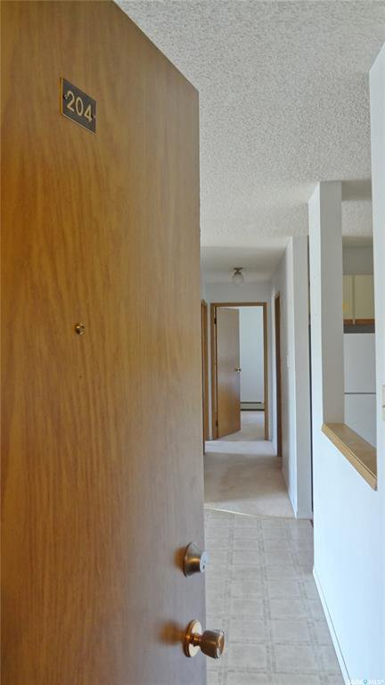 Photo 2: Photos: 204 355 Kingsmere Boulevard in Saskatoon: Lakeview SA Residential for sale : MLS®# SK799307
