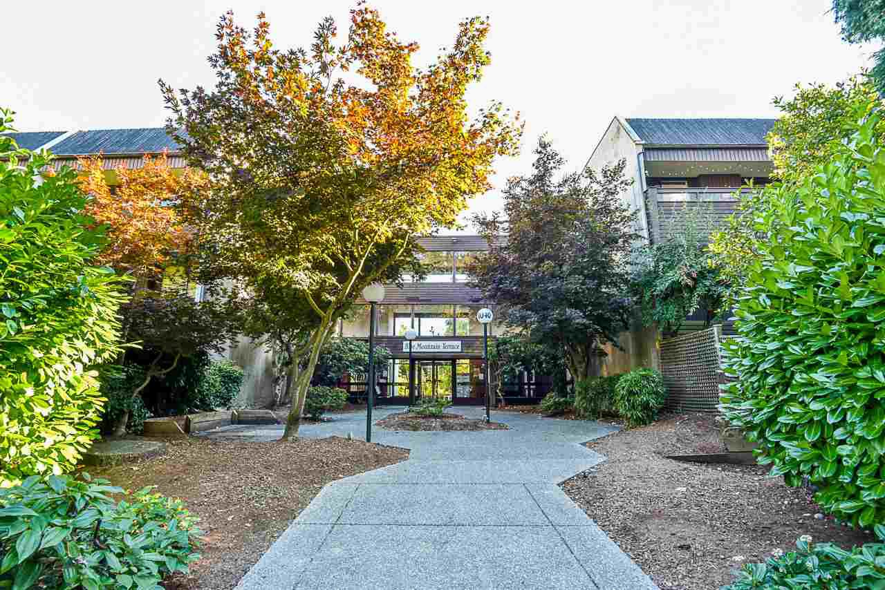 Main Photo: 112 1040 KING ALBERT AVENUE in Coquitlam: Central Coquitlam Condo for sale : MLS®# R2496872