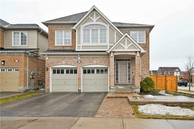 Main Photo: 92 Ken Laushway Ave in Whitchurch-Stouffville: Freehold for sale : MLS®# N4048235