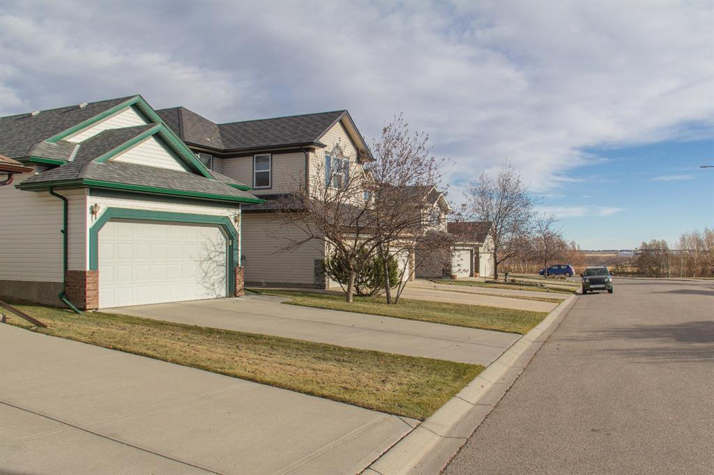 Photo 28: Photos: 32 Coverton Heights NE in Calgary: Coventry Hills Detached for sale : MLS®# A1046669
