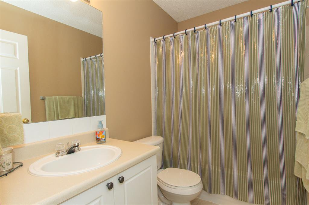 Photo 18: Photos: 32 Coverton Heights NE in Calgary: Coventry Hills Detached for sale : MLS®# A1046669