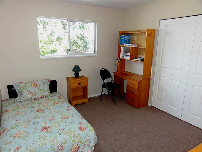 Photo 11: Photos: 20802 48TH Avenue in Langley: Langley City House for sale : MLS®# F1221385