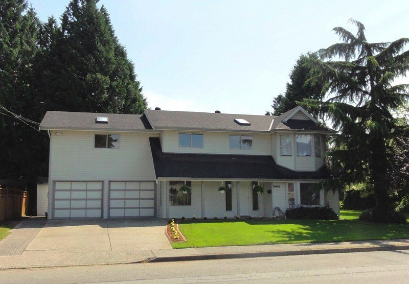 Photo 1: Photos: 20802 48TH Avenue in Langley: Langley City House for sale : MLS®# F1221385