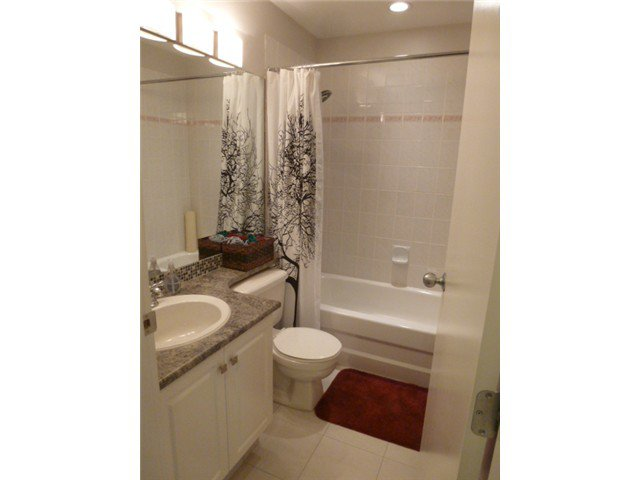 Photo 10: Photos: # 403 102 BEGIN ST in Coquitlam: Maillardville Condo for sale : MLS®# V1050414