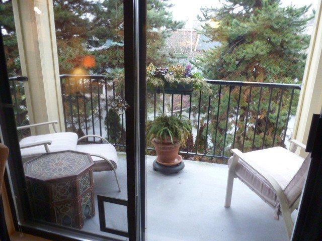 Photo 11: Photos: # 403 102 BEGIN ST in Coquitlam: Maillardville Condo for sale : MLS®# V1050414