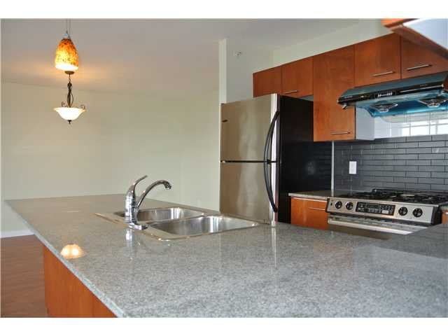 Photo 5: Photos: # 2806 4333 CENTRAL BV in Burnaby: Metrotown Condo for sale (Burnaby South)  : MLS®# V1064348