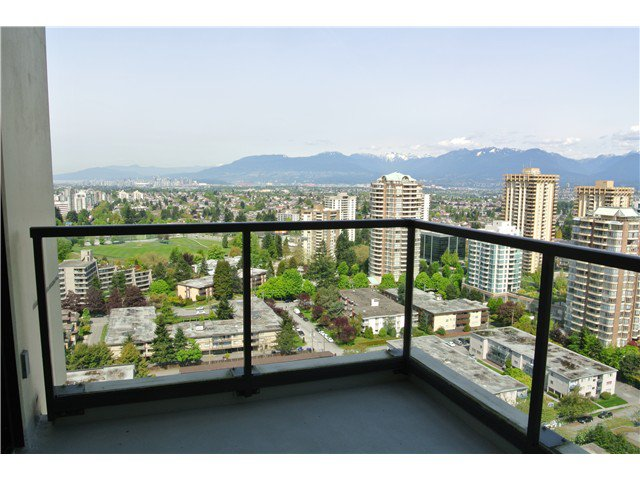 Photo 7: Photos: # 2806 4333 CENTRAL BV in Burnaby: Metrotown Condo for sale (Burnaby South)  : MLS®# V1064348