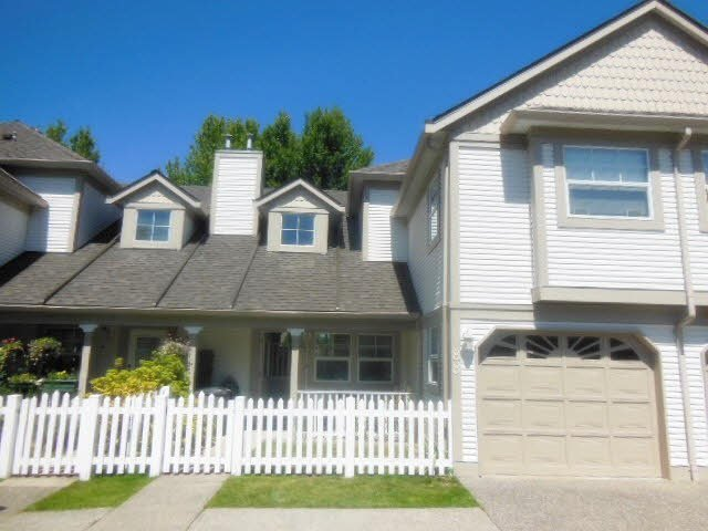 Main Photo: 88 16318 82ND Avenue in Surrey: Fleetwood Tynehead Townhouse for sale : MLS®# F1418894
