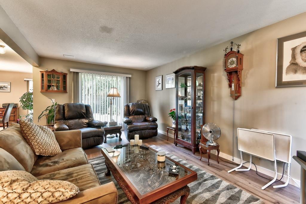 Photo 17: Photos: 4715 CEDAR TREE LANE in Delta: Delta Manor House for sale (Ladner)  : MLS®# R2234404