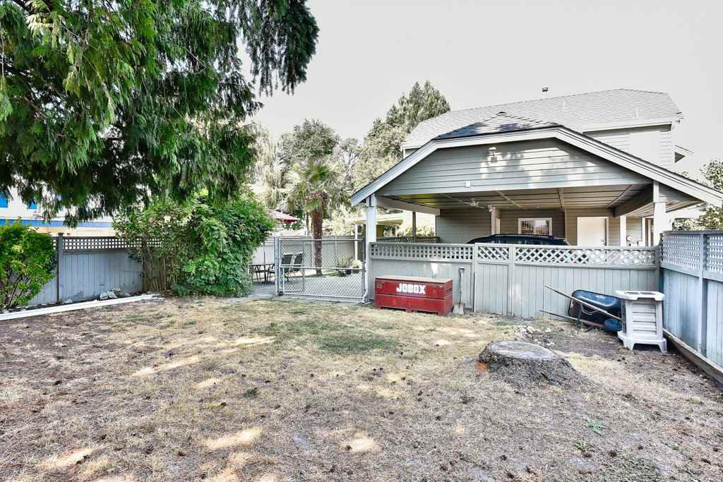 Photo 6: Photos: 4715 CEDAR TREE LANE in Delta: Delta Manor House for sale (Ladner)  : MLS®# R2234404