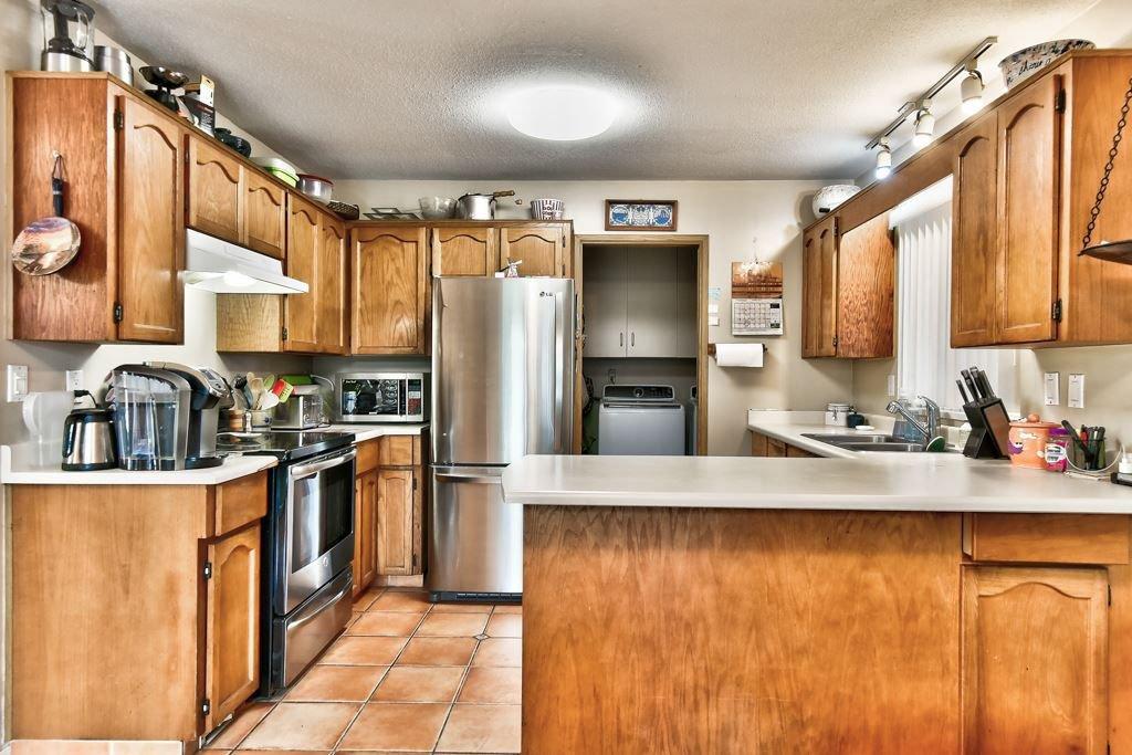 Photo 11: Photos: 4715 CEDAR TREE LANE in Delta: Delta Manor House for sale (Ladner)  : MLS®# R2234404