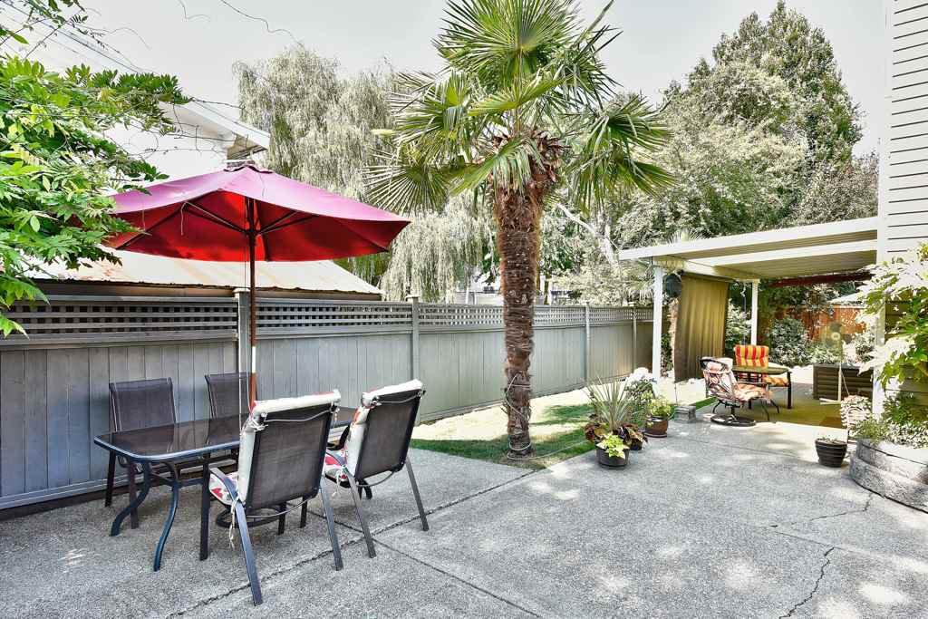 Photo 5: Photos: 4715 CEDAR TREE LANE in Delta: Delta Manor House for sale (Ladner)  : MLS®# R2234404
