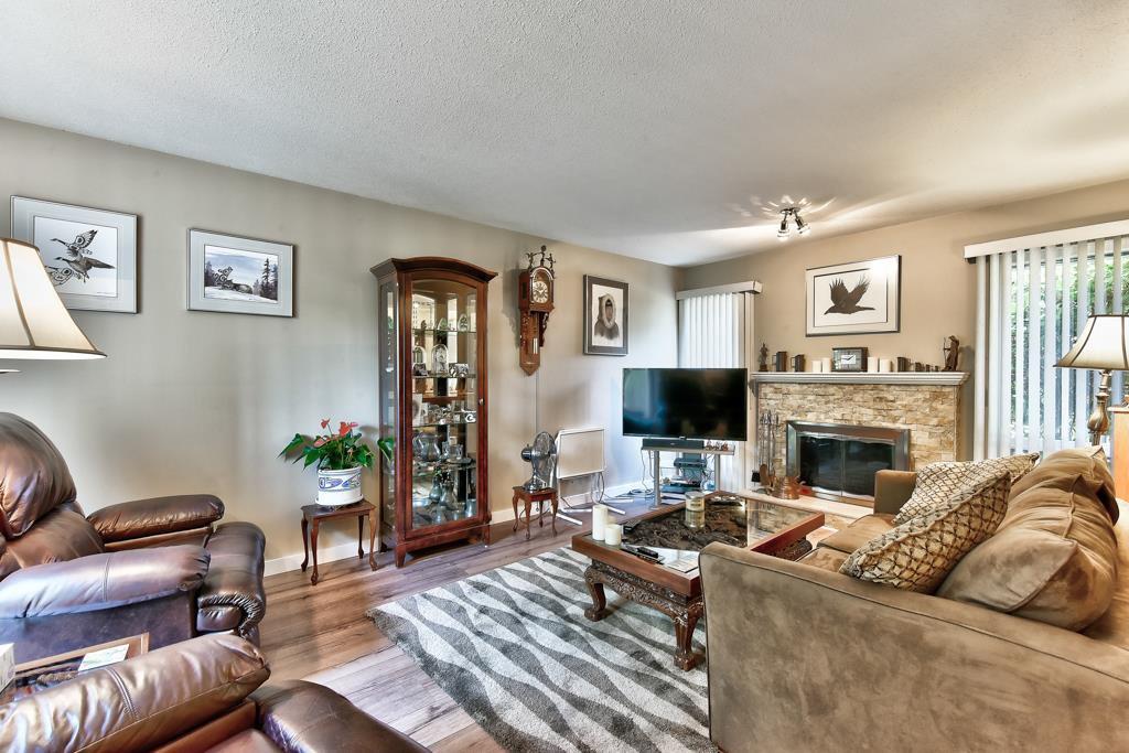 Photo 9: Photos: 4715 CEDAR TREE LANE in Delta: Delta Manor House for sale (Ladner)  : MLS®# R2234404