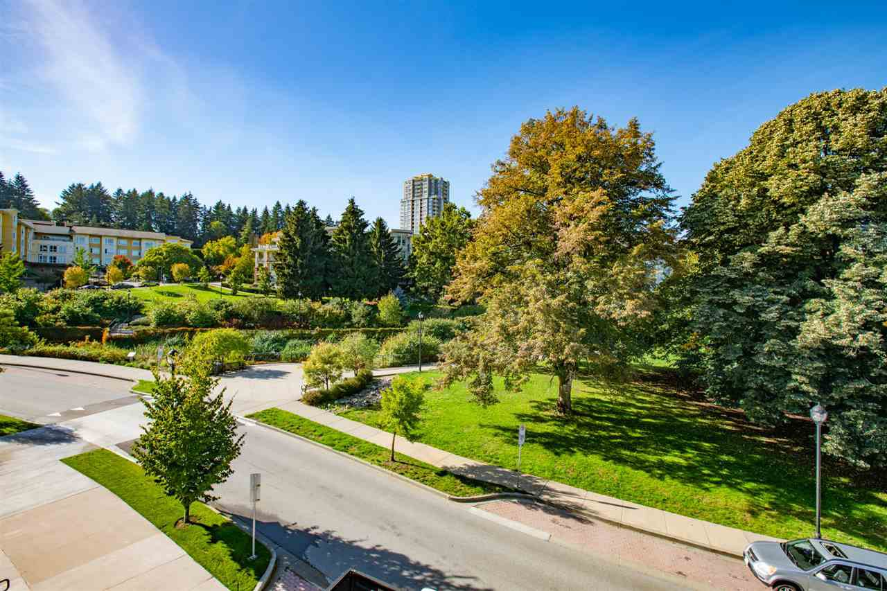 Main Photo: 306 28 E ROYAL AVENUE in New Westminster: Queens Park Condo for sale : MLS®# R2302546