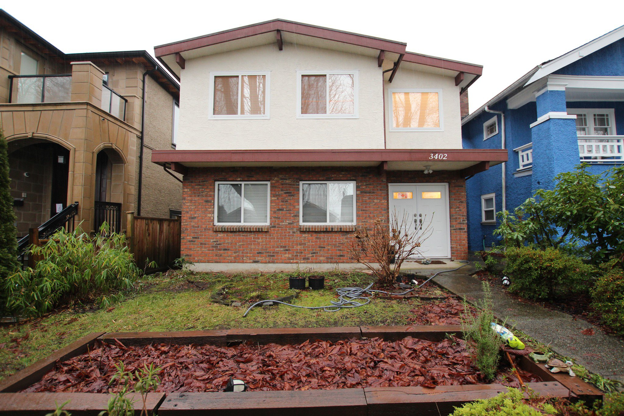 Main Photo:  in Vancouver: Vancouver West House for rent : MLS®# AR063B