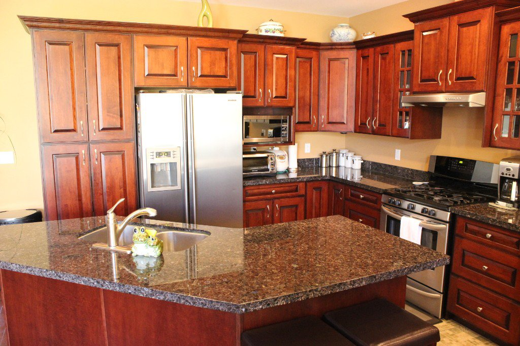Photo 6: Photos: 3728 Navatanee Drive in Kamloops: Campbell Cr/Del Oro House for sale : MLS®# 126289
