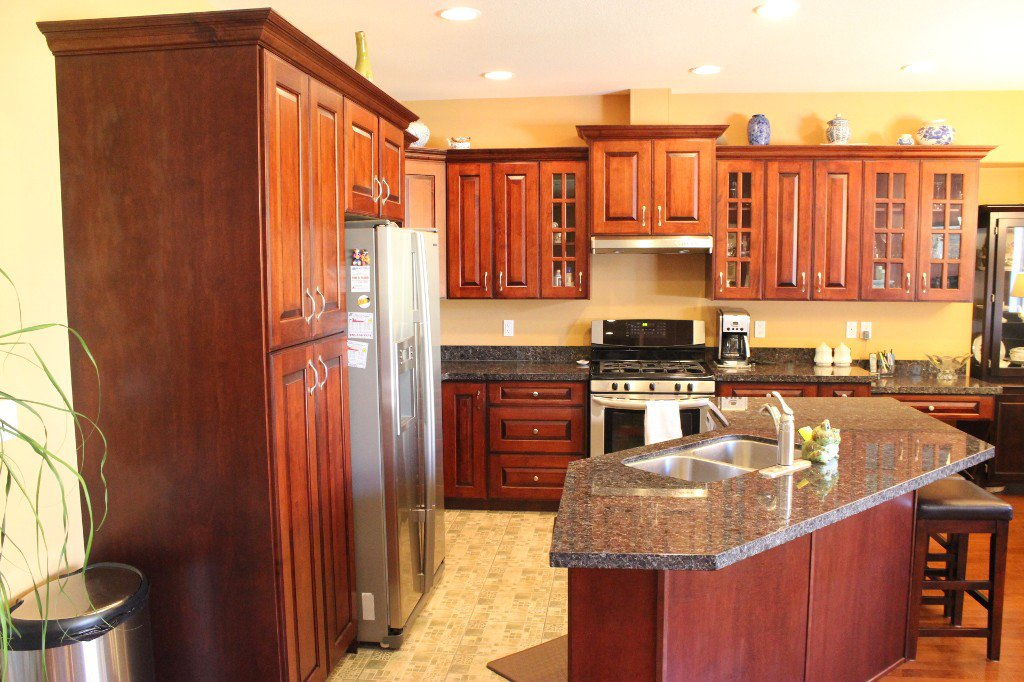 Photo 7: Photos: 3728 Navatanee Drive in Kamloops: Campbell Cr/Del Oro House for sale : MLS®# 126289