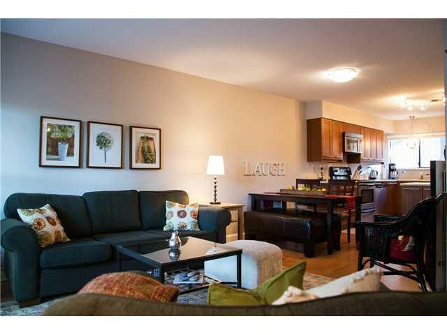 Main Photo: 3 9280 GLENALLAN Drive in Richmond: Saunders Townhouse for sale : MLS®# V1075777
