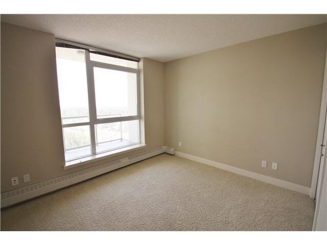 Photo 14: Photos: 1701 77 SPRUCE Place SW in CALGARY: Spruce Cliff Condo for sale (Calgary)  : MLS®# C3630857