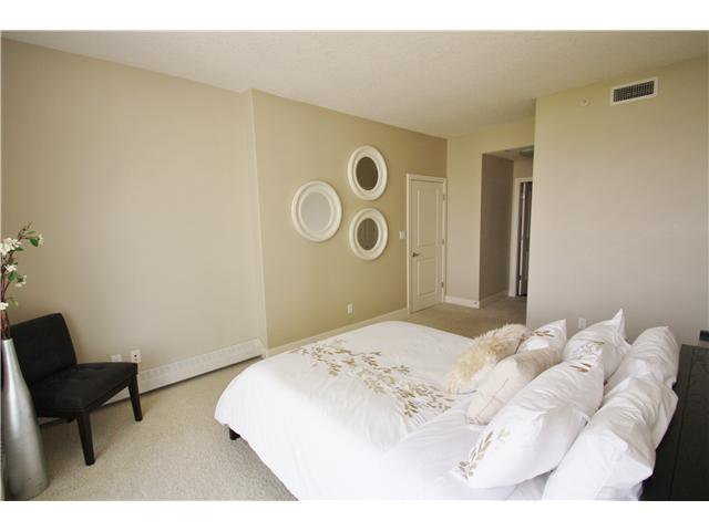 Photo 12: Photos: 1701 77 SPRUCE Place SW in CALGARY: Spruce Cliff Condo for sale (Calgary)  : MLS®# C3630857