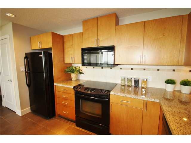 Photo 8: Photos: 1701 77 SPRUCE Place SW in CALGARY: Spruce Cliff Condo for sale (Calgary)  : MLS®# C3630857