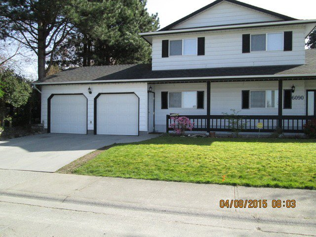 Main Photo: 6090 PALOMINO CR in Surrey: Cloverdale BC House for sale (Cloverdale)  : MLS®# F1437887