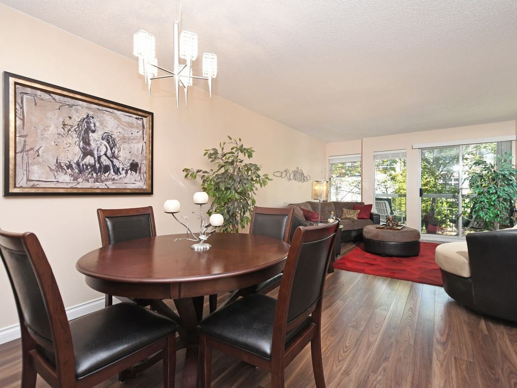 "Main Photo: 209 1860 E SOUTHMERE Crescent in Surrey: Sunnyside Park Surrey Condo for sale in ""Southmere Villa"" (South Surrey White Rock)  : MLS®# R2460856"
