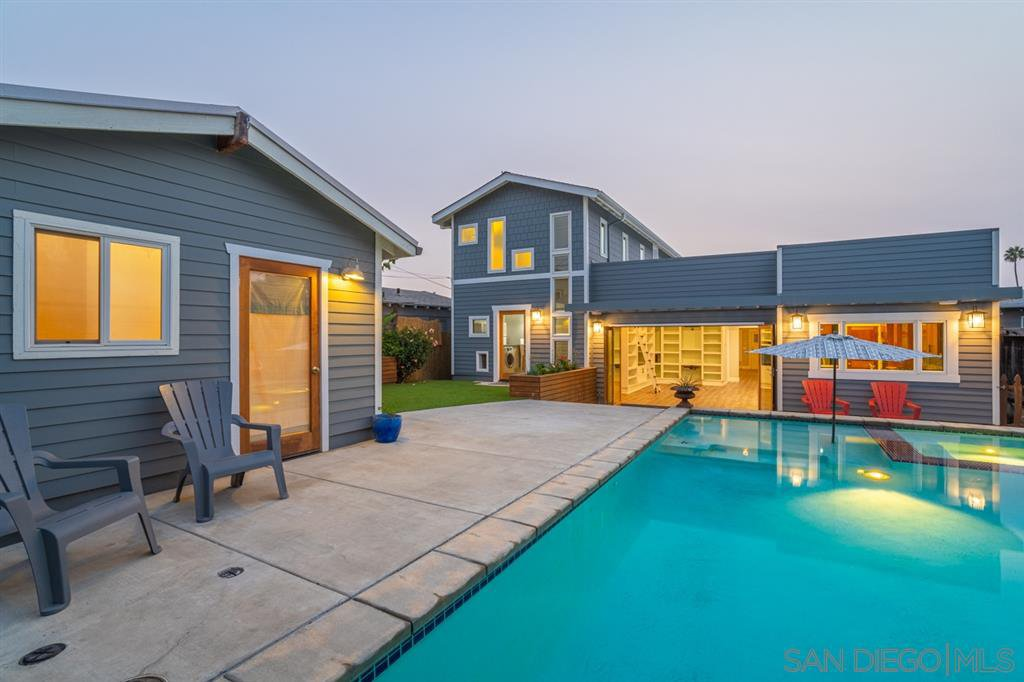 Main Photo: NORTH PARK House for sale : 4 bedrooms : 3217 31St St in San Diego