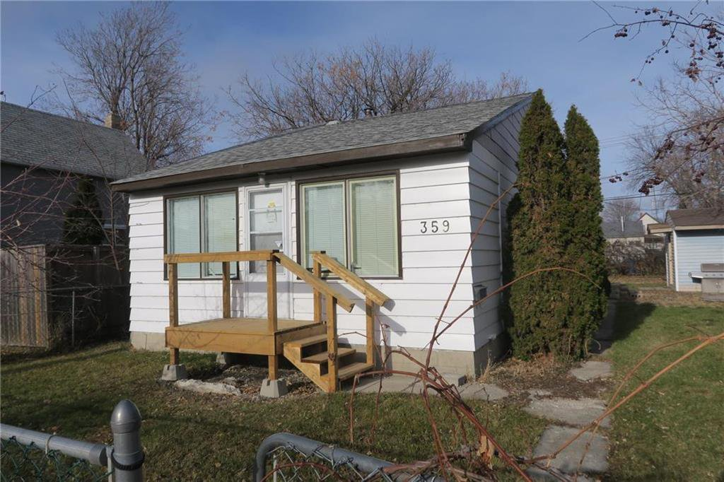 Main Photo: 359 William Newton Avenue in Winnipeg: Elmwood Residential for sale (3A)  : MLS®# 202027629