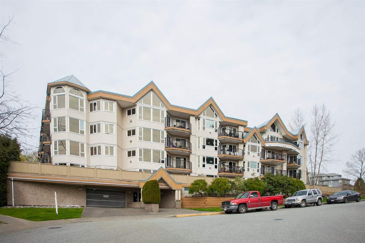 Main Photo: 312 11595 FRASER STREET in Maple Ridge: East Central Condo for sale : MLS®# R2050704