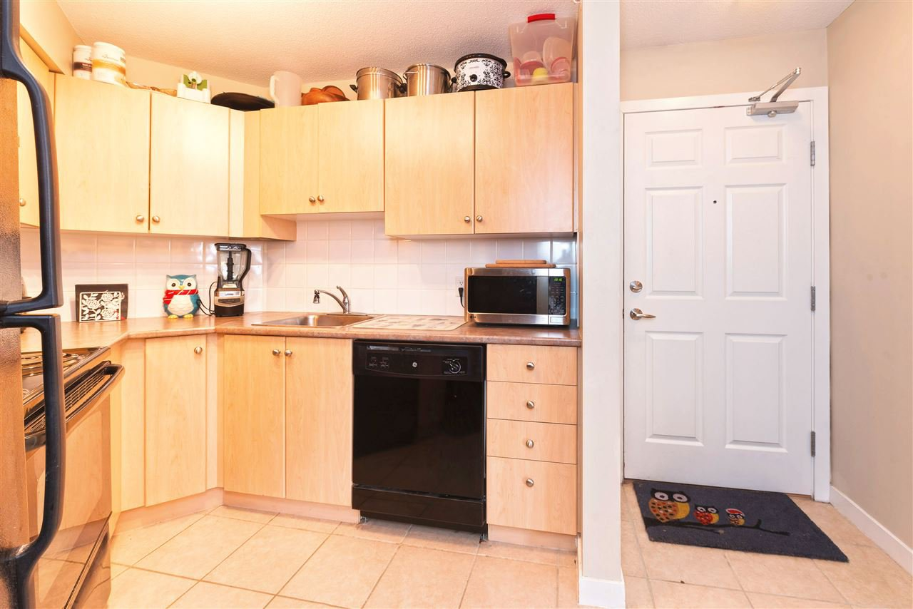 Photo 4: Photos: 2423 244 SHERBROOKE STREET in New Westminster: Sapperton Condo for sale : MLS®# R2147739