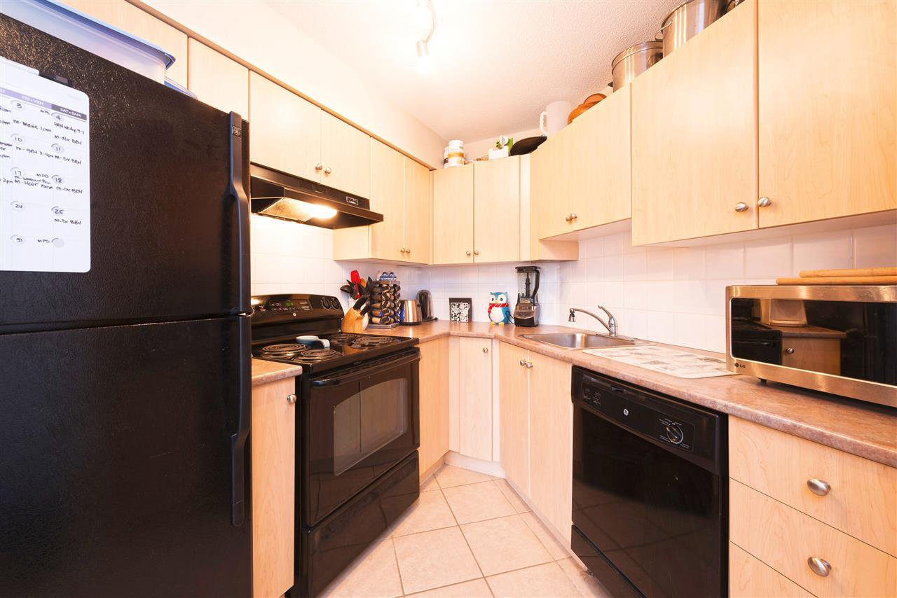 Photo 5: Photos: 2423 244 SHERBROOKE STREET in New Westminster: Sapperton Condo for sale : MLS®# R2147739