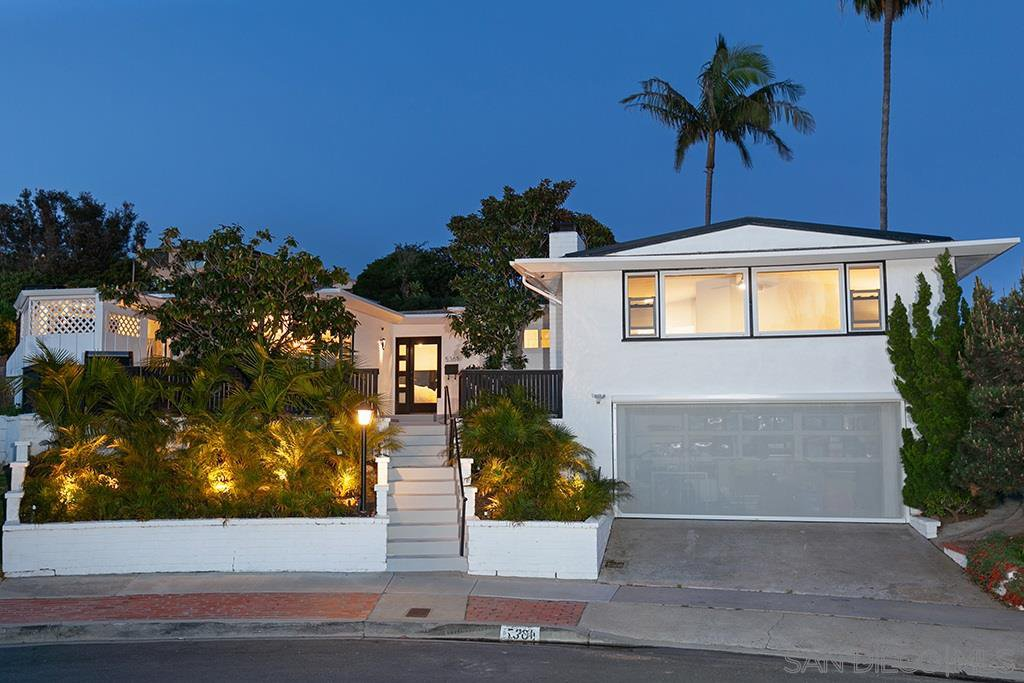 Main Photo: PACIFIC BEACH House for sale : 4 bedrooms : 5361 Van Nuys Ct in San Diego