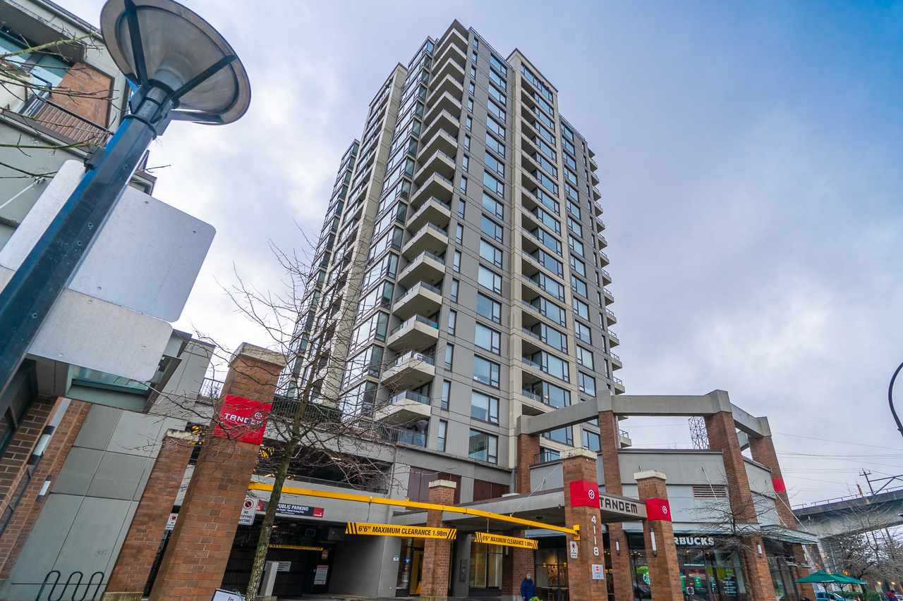 """Main Photo: 1703 4118 DAWSON Street in Burnaby: Brentwood Park Condo for sale in """"TANDEM 1"""" (Burnaby North)  : MLS®# R2523861"""