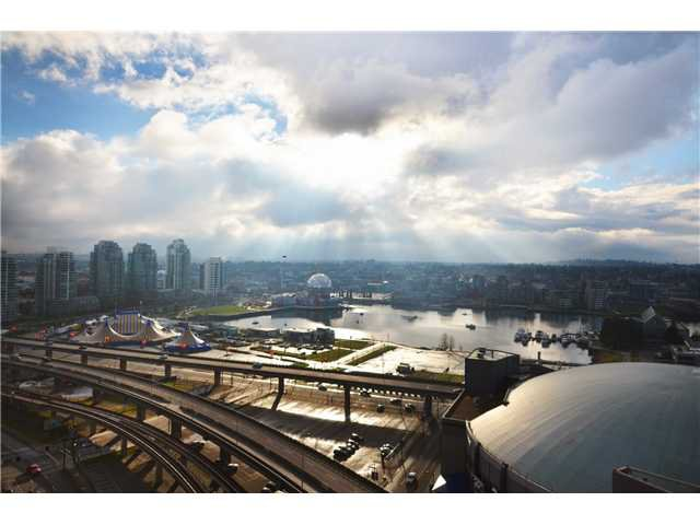 """Photo 9: Photos: # 2505 689 ABBOTT ST in Vancouver: Downtown VW Condo for sale in """"ESPANA 1"""" (Vancouver West)  : MLS®# V988273"""