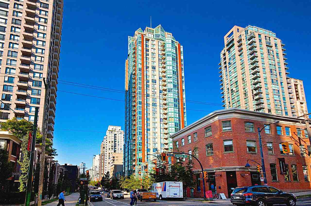 Main Photo: 702 939 HOMER STREET in Vancouver: Yaletown Condo for sale (Vancouver West)  : MLS®# R2052941