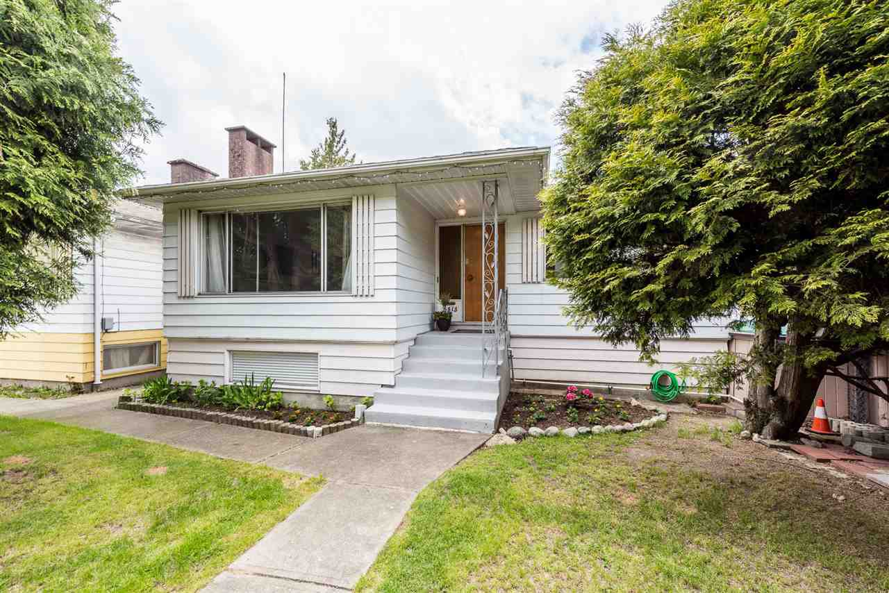 Photo 1: Photos: 6515 KERR Street in Vancouver: Killarney VE House for sale (Vancouver East)  : MLS®# R2392985
