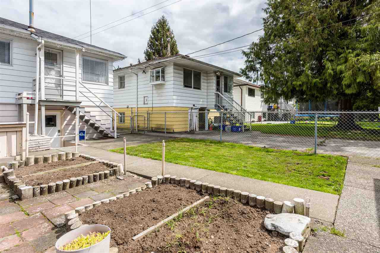 Photo 17: Photos: 6515 KERR Street in Vancouver: Killarney VE House for sale (Vancouver East)  : MLS®# R2392985