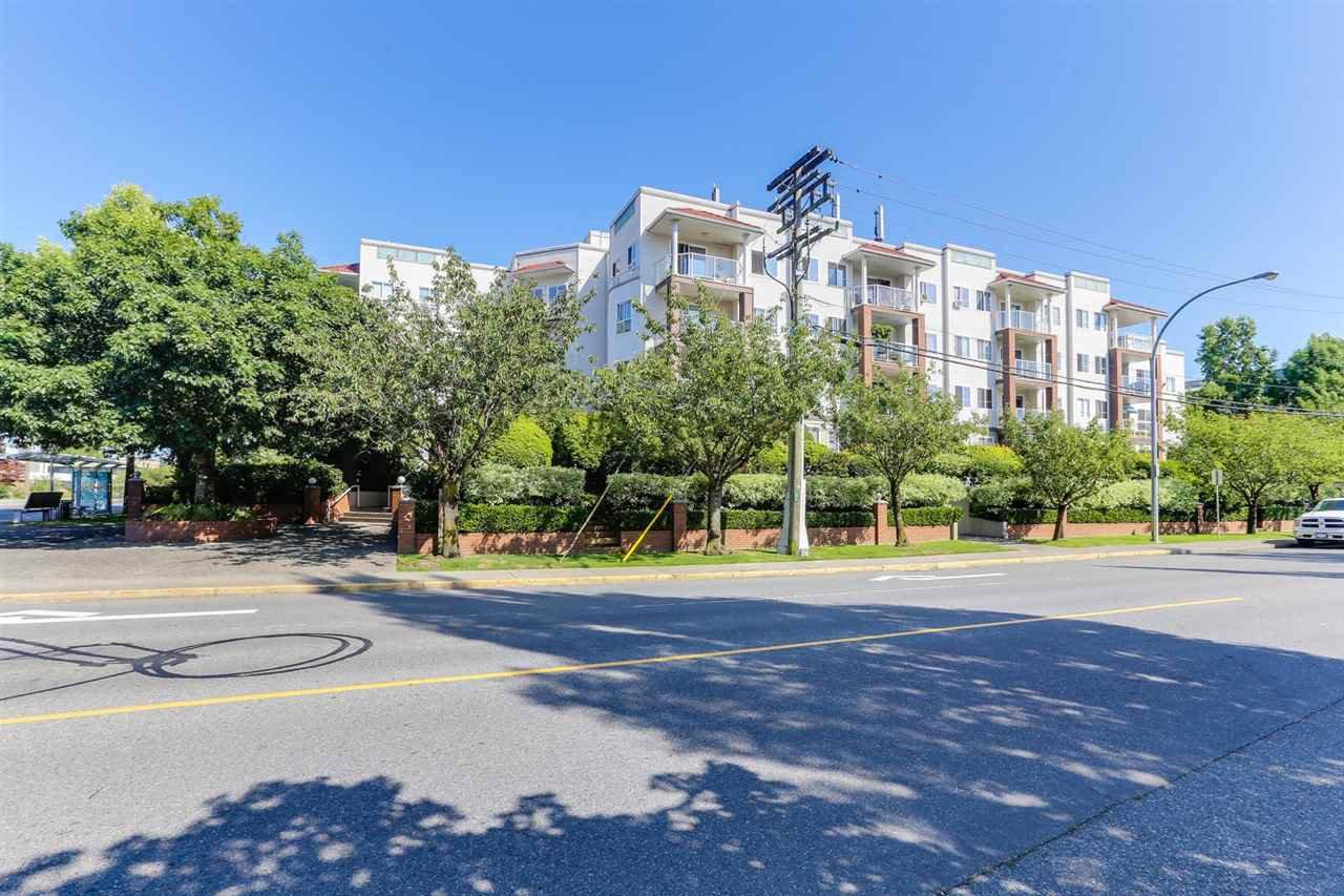 "Main Photo: 107 4768 53 Street in Delta: Delta Manor Condo for sale in ""SUNNINGDALE 4"" (Ladner)  : MLS®# R2397394"